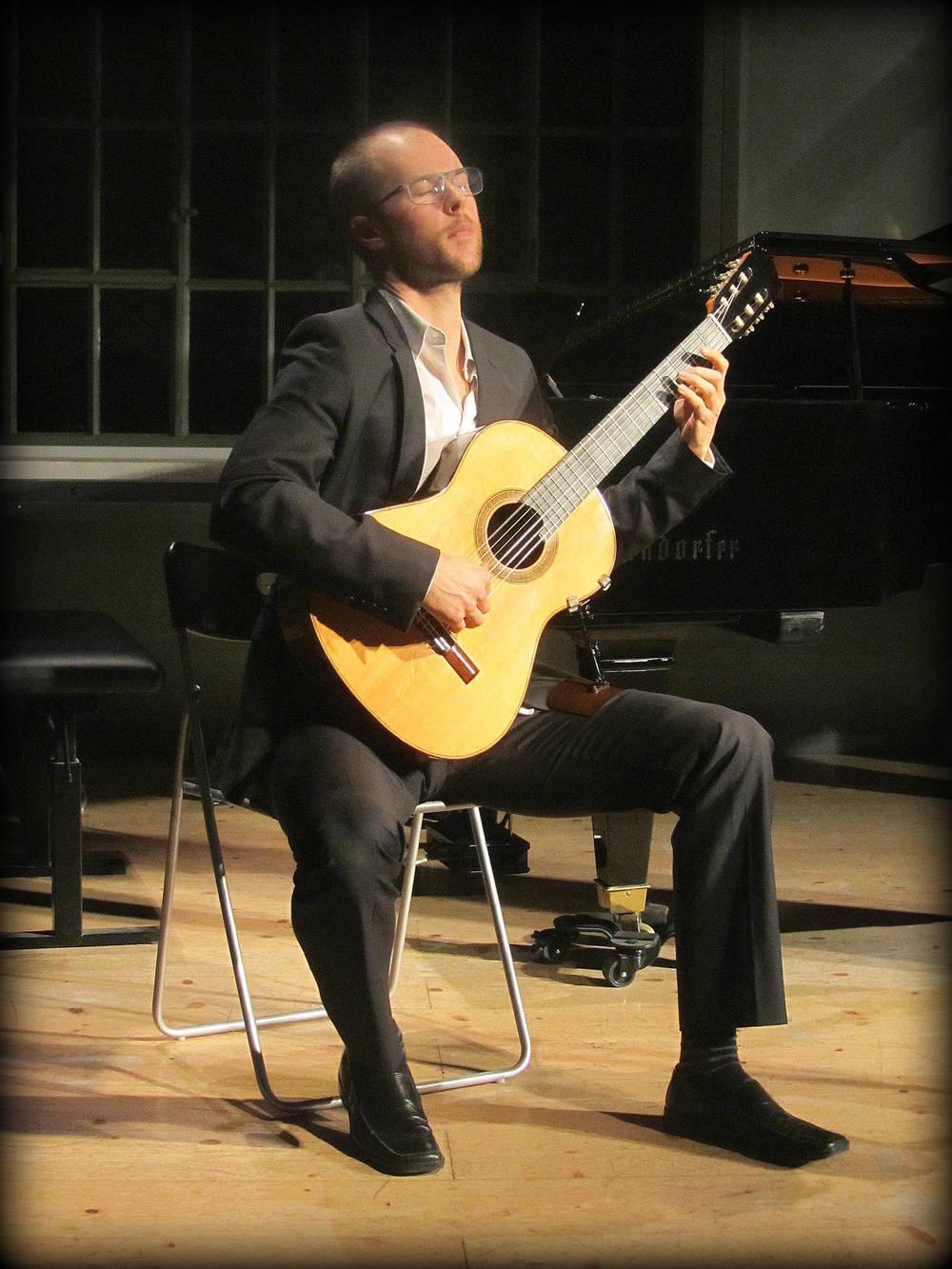 Jonas Skielboe, Guitar