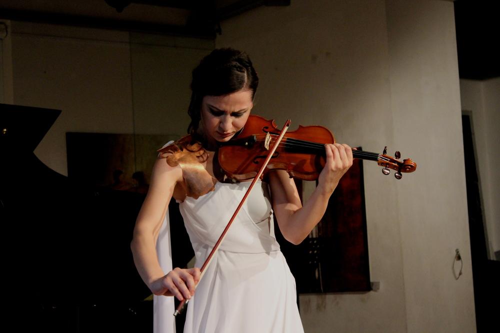 Violinist Rusanda Panfili in Tiberius