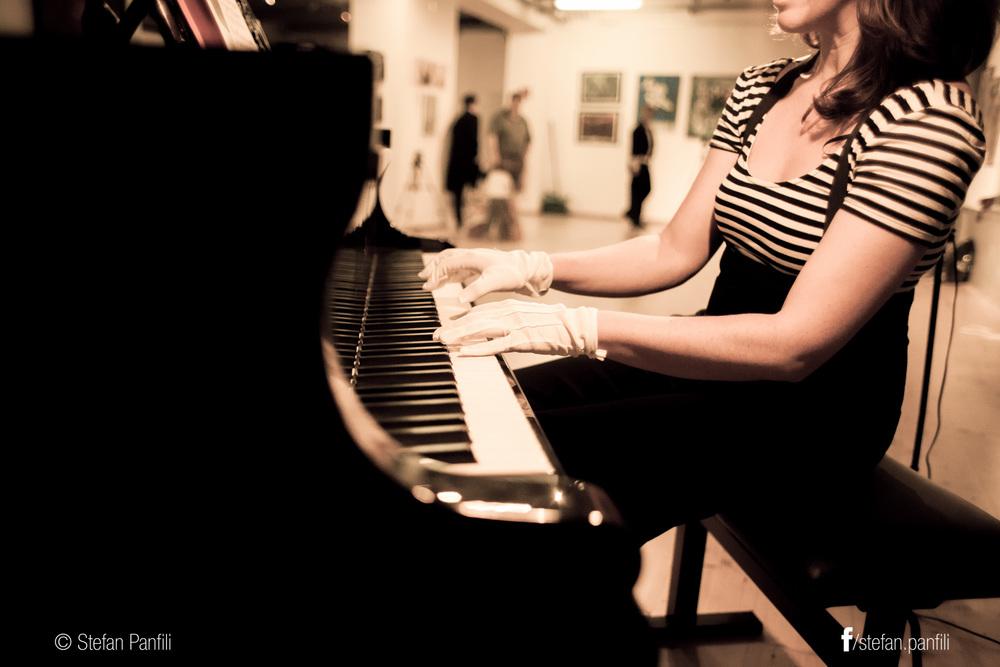 Deirdre Brenner, piano