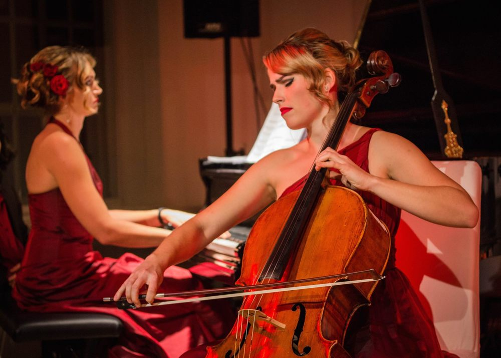 Chanda VanderHart, piano and Heike Schuch, cello