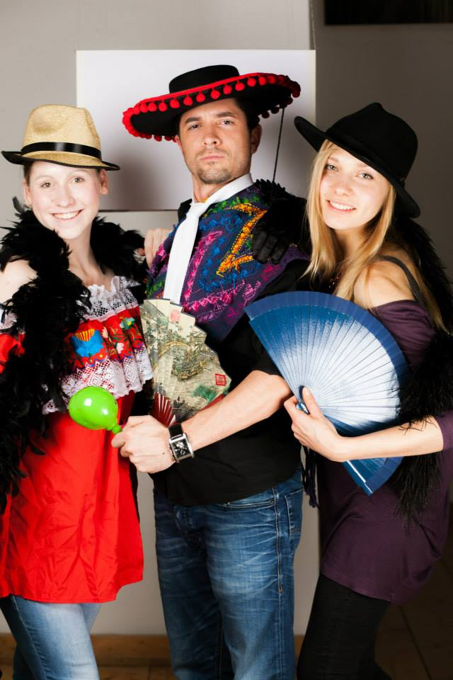 Mosaïque Trio of Guests in Photobooth, courtesy of Stefan Panfili