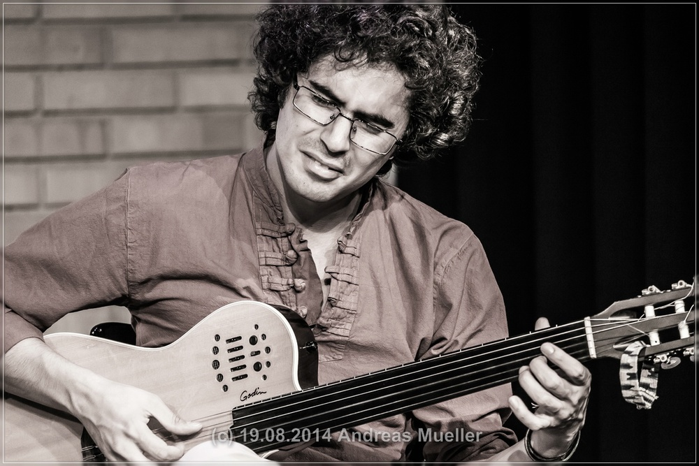 Mahan Mirarab, Guitar