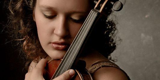 Melodi Kayis, Violin