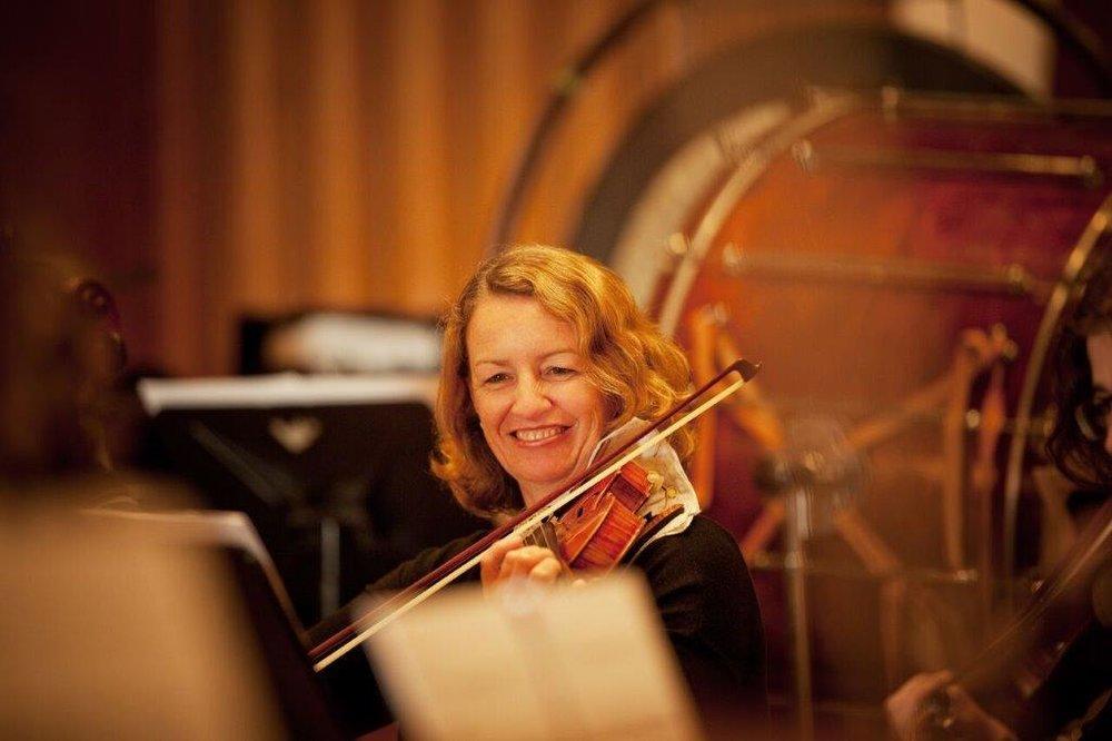 Aileen Dullaghan, Violin