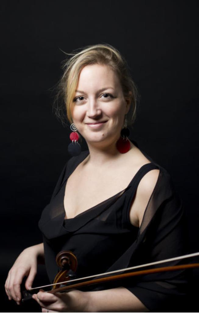 Silvia Kanicki, Violin