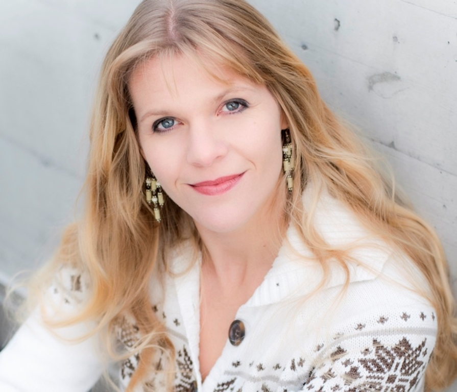 Suzanne Carey, Mezzo-soprano