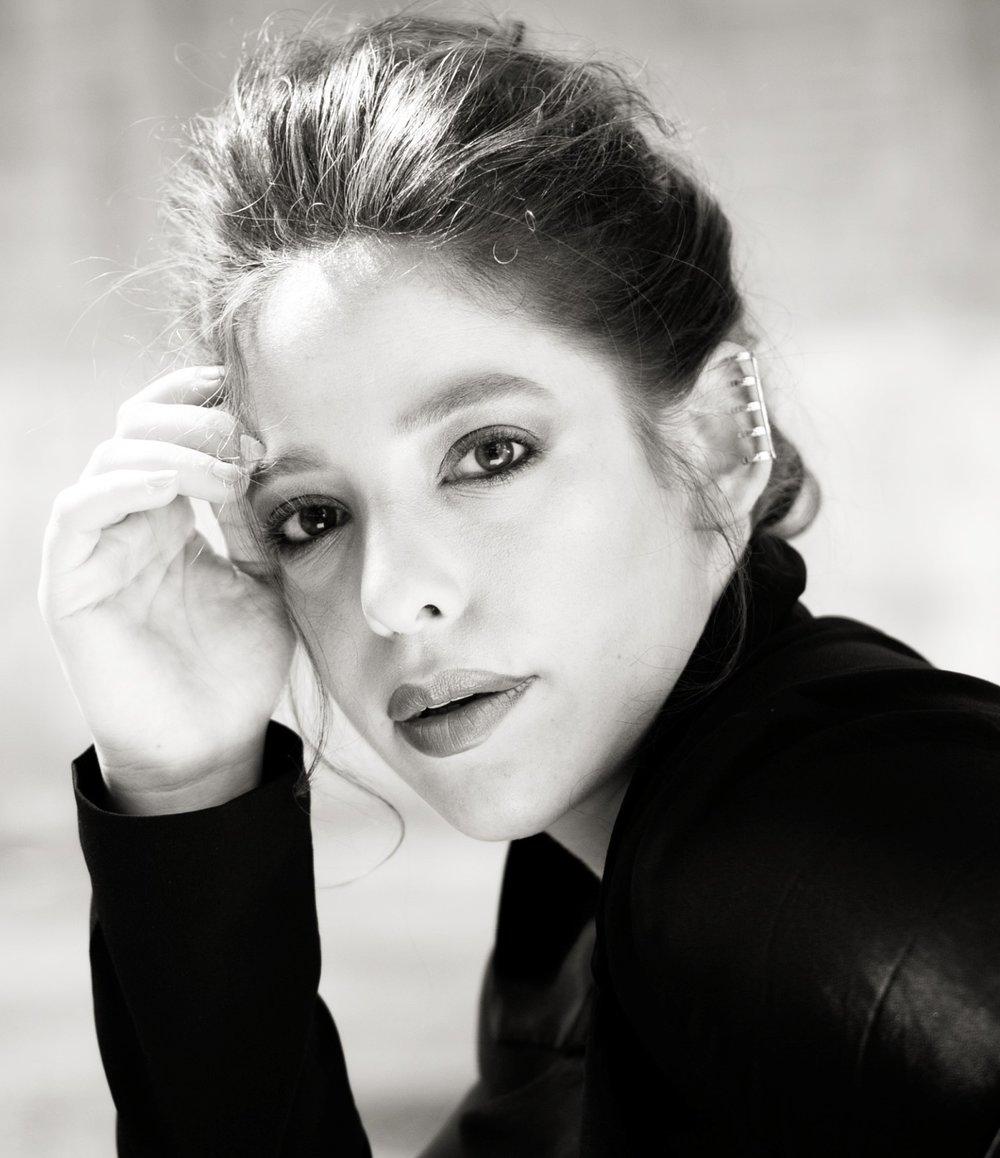 Gan-ya Ben-gur Akselrod, soprano