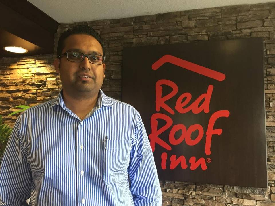 Amit Prakash, director of asset management for Phoenix Hospitality Group, has big plans to reduce human trafficking in Sacramento-area hotels and motels. He and his brother, Anish, run the Red Roof Inn at Mack Road and Stockton Boulevard. Erika D. Smith esmith@sacbee.com Read more here: http://www.sacbee.com/opinion/opn-columns-blogs/erika-d-smith/article74324927.html#storylink=cpy