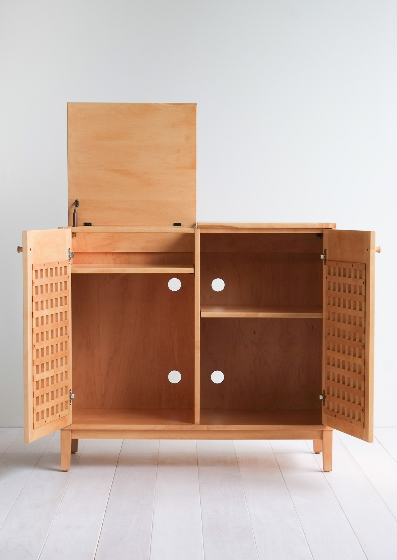 Cabinet Record Player The Berkley Collection Hedge House Furniture