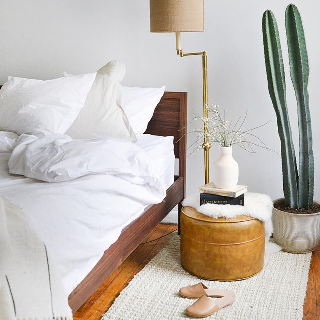 Available Now: King size, walnut Garfield Bed. Email us to claim bed #295 📷 by @localcreative__ bedding @parachutehome