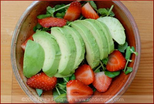 strawberry-avo-salad-1