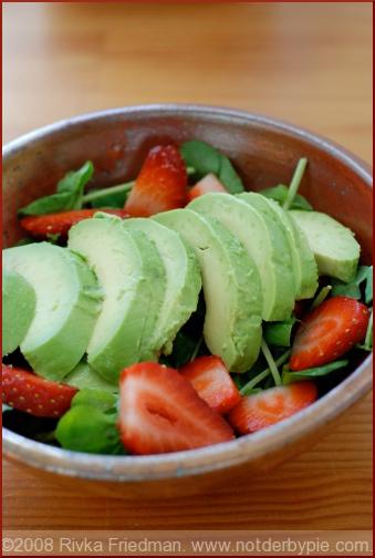 strawberry-avo-salad-2