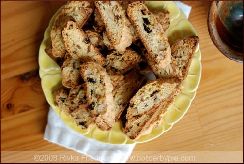 almondcherrybiscotti1