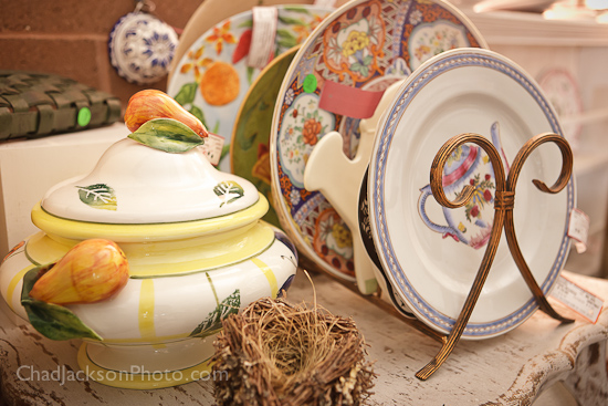 pattern consignment dishware and servingware