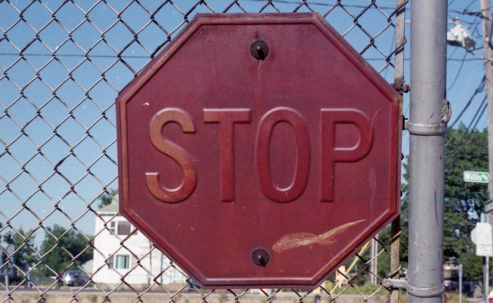 img018_Stop.jpg
