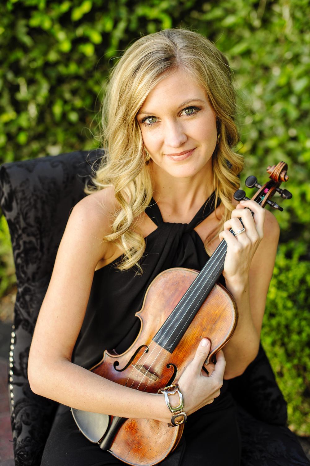Violinist, Kerri Parr