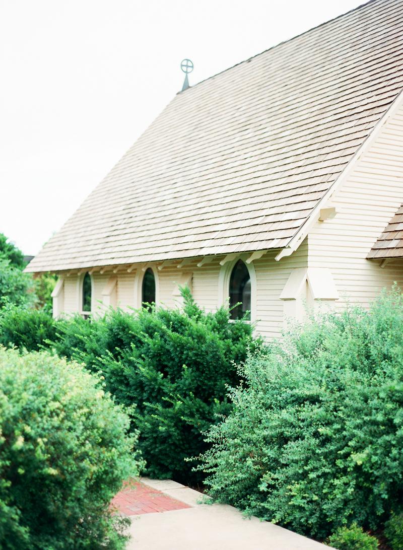 25LubbockBridalPhotographer-Arboretum-StPaulChapel-fine-art-film-engagement-bridal.jpg