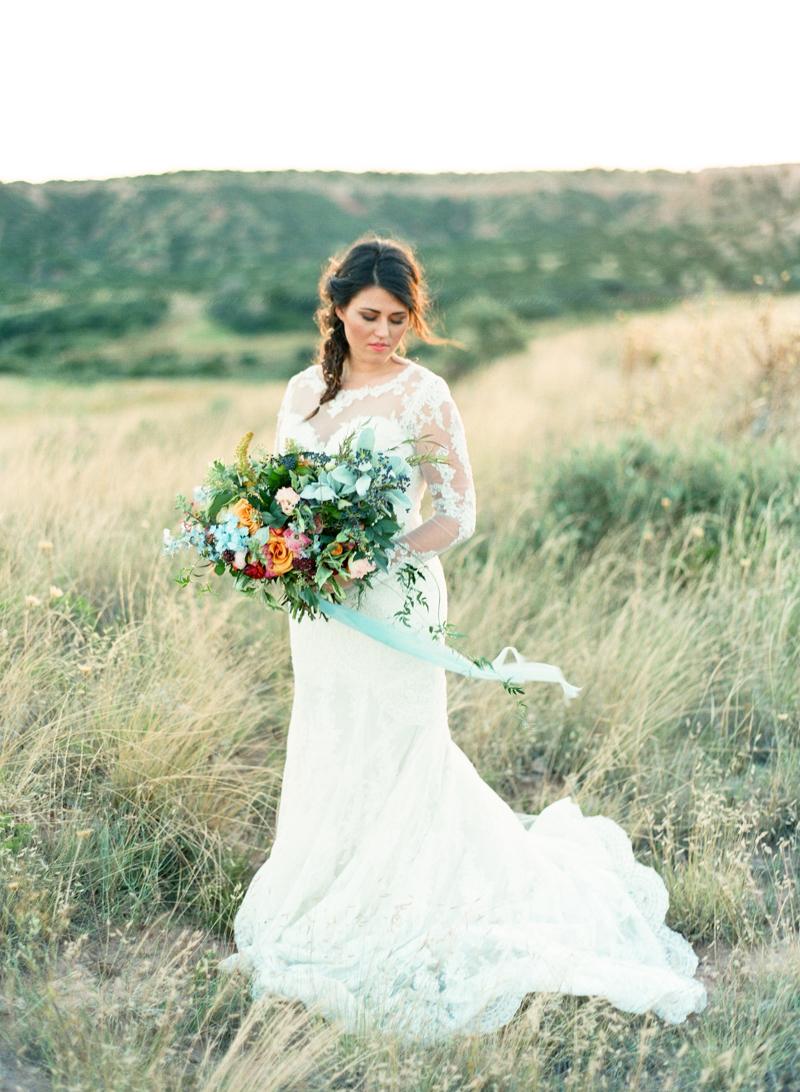 107style-me-pretty-lubbock-fine-art-wedding-photographer-joshuaratliff-organic-boho.jpg