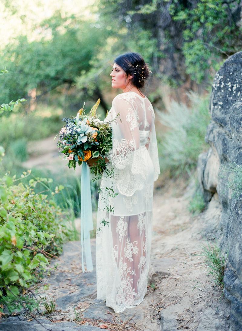 78style-me-pretty-lubbock-fine-art-wedding-photographer-joshuaratliff-organic-boho.jpg