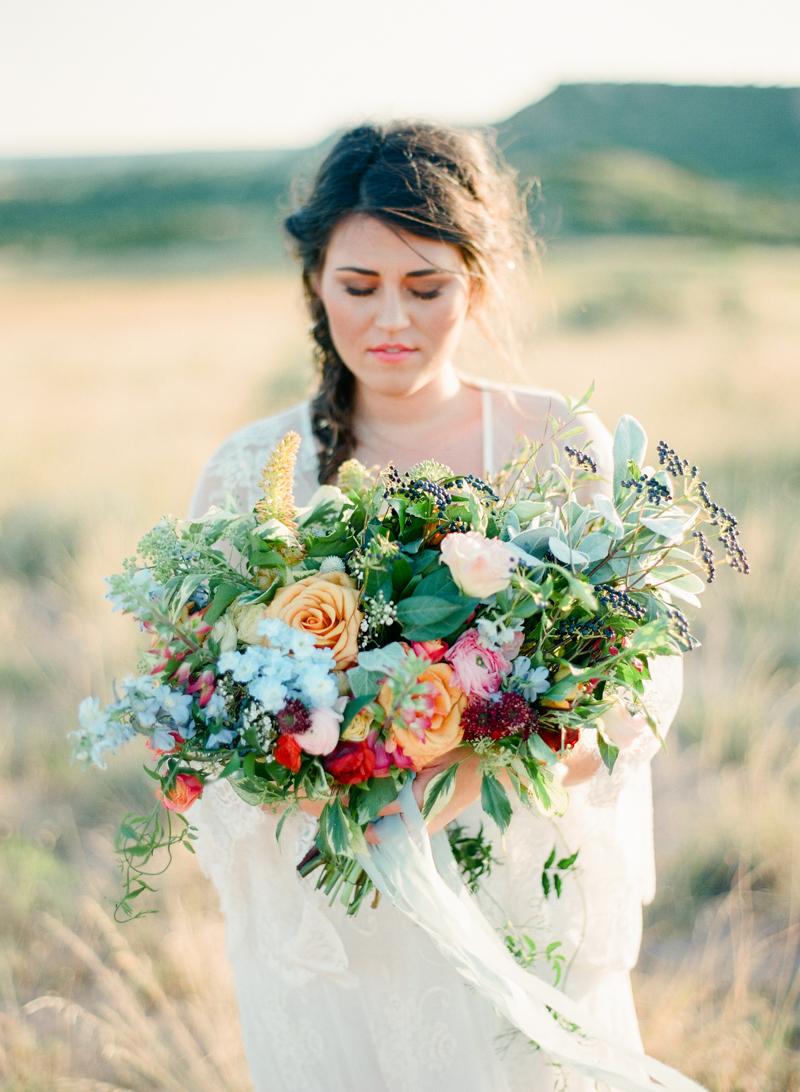 87style-me-pretty-lubbock-fine-art-wedding-photographer-joshuaratliff-organic-boho.jpg