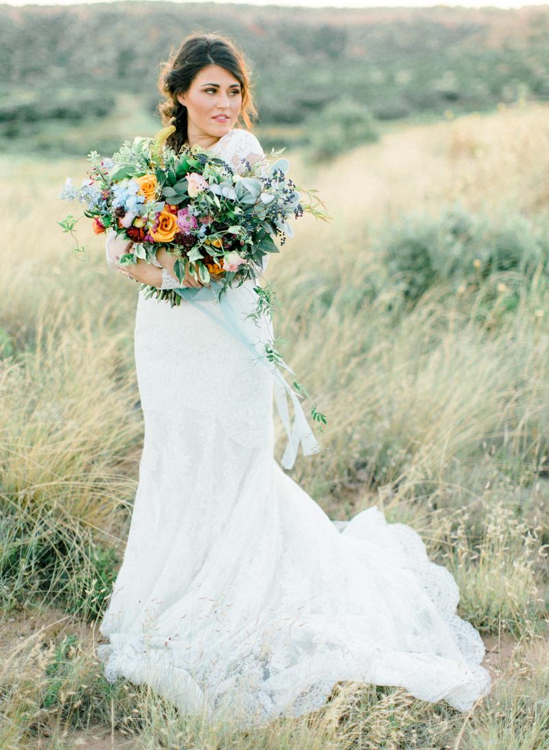 16style-me-pretty-lubbock-fine-art-wedding-photographer-joshuaratliff-organic-boho.jpg