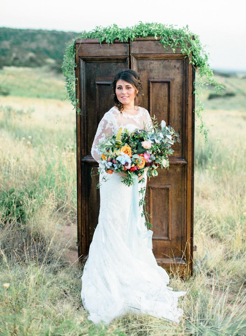 34style-me-pretty-lubbock-fine-art-wedding-photographer-joshuaratliff-organic-boho.jpg