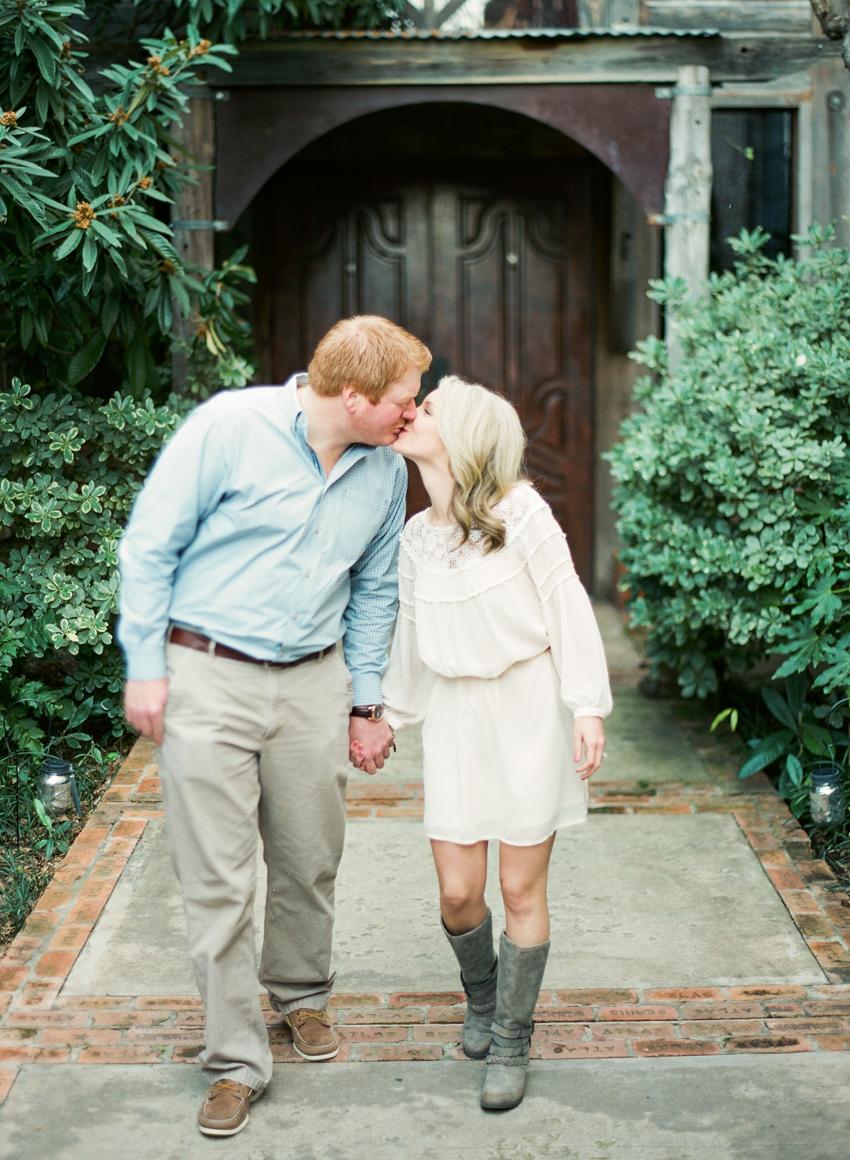 4McKinneyCottonMill-Engagement-Wedding-photographer.jpg