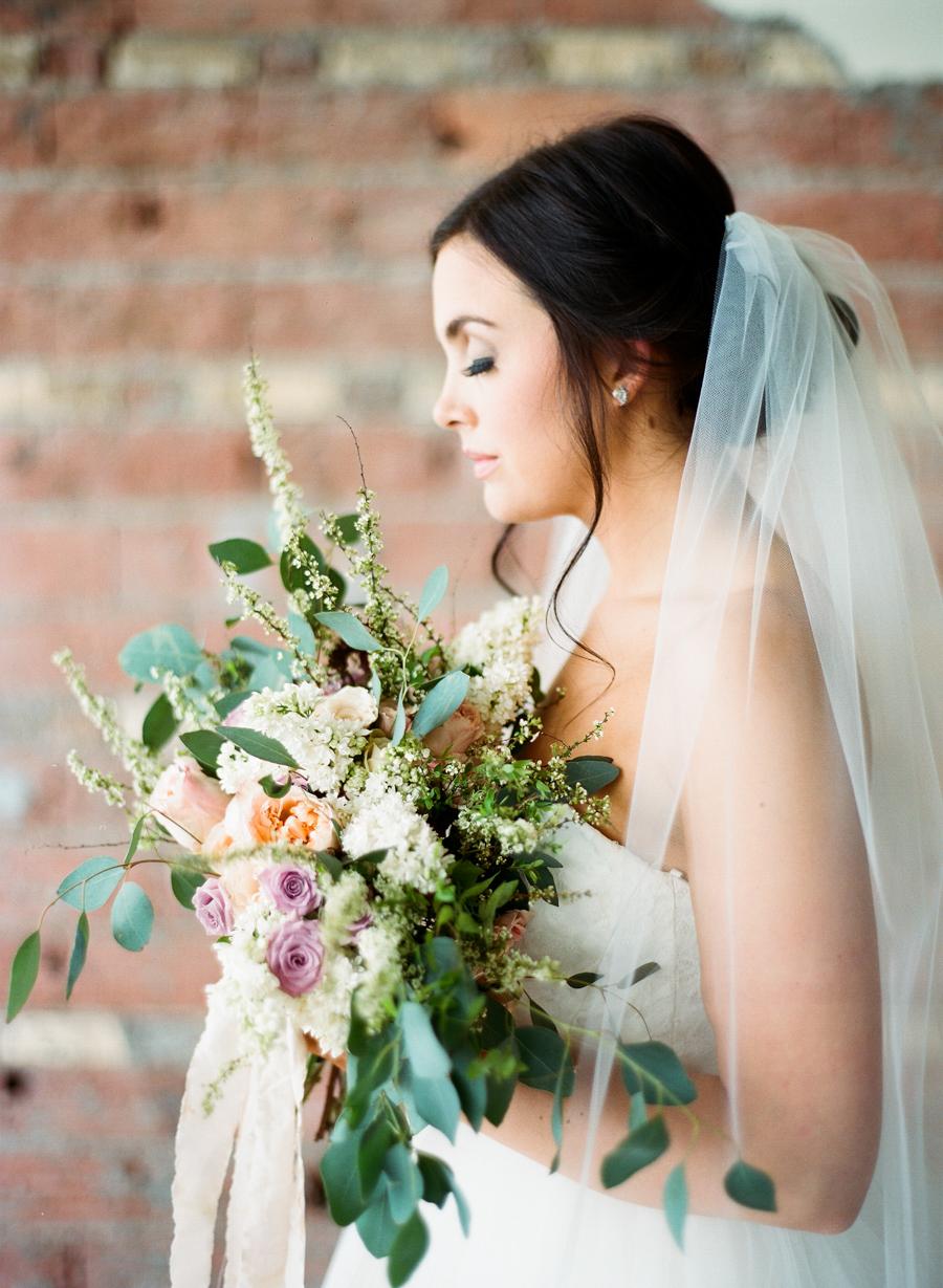 2JoshuaRatliffPhotography-WeddingChicks.jpg
