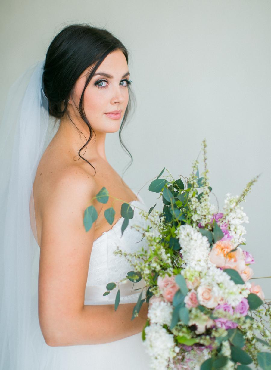 9JoshuaRatliffPhotography-WeddingChicks.jpg