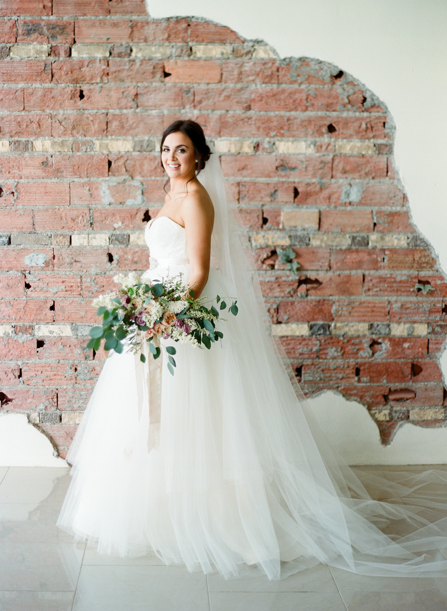 20JoshuaRatliffPhotography-WeddingChicks.jpg