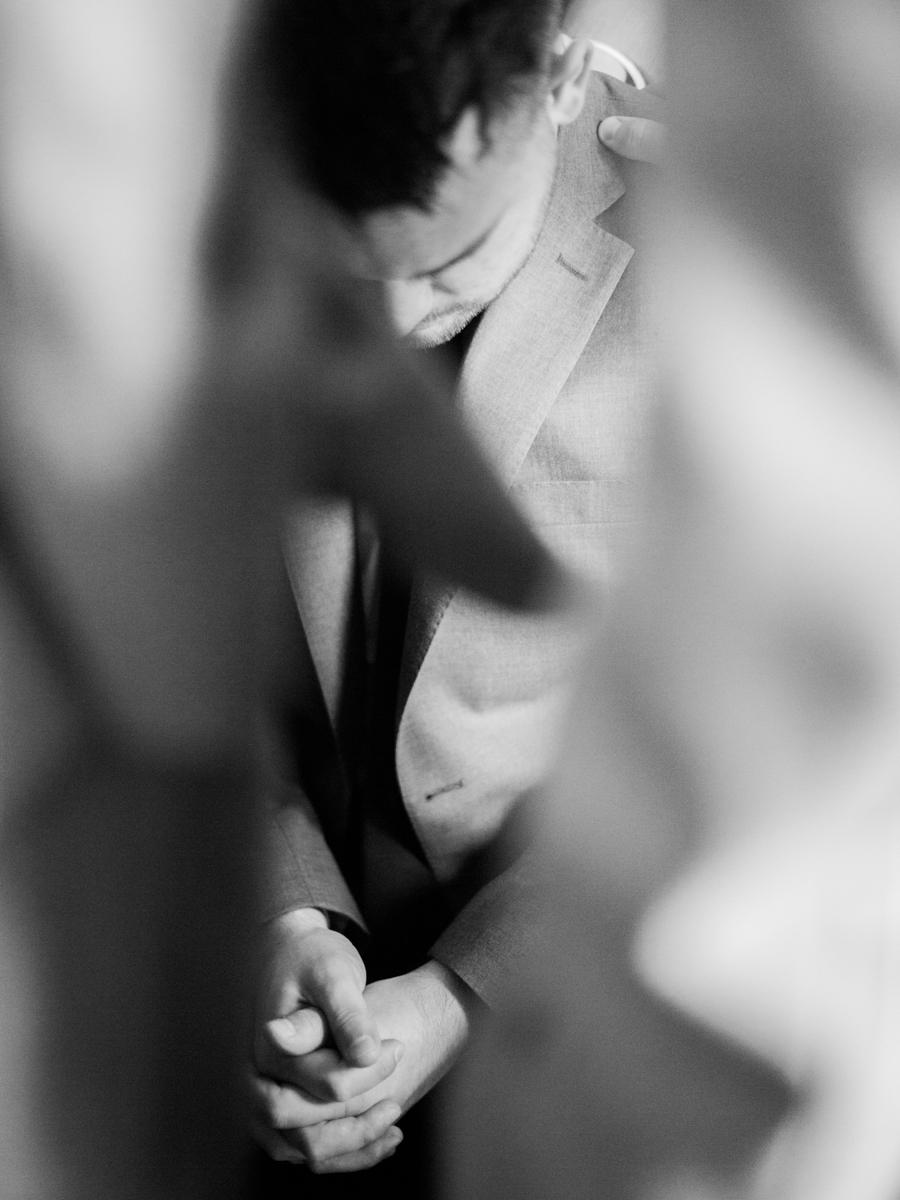 03-JoshuaRatliffPhotography-TheWoodlands-WeddingPhotographer.jpg