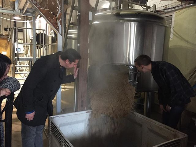 "Mashing out at Bridge Rd Brewers brewing Catfish Birthday beer ""Saison D'être"" @nakedned @the_catfish_fitzroy @bridgerd_ev"