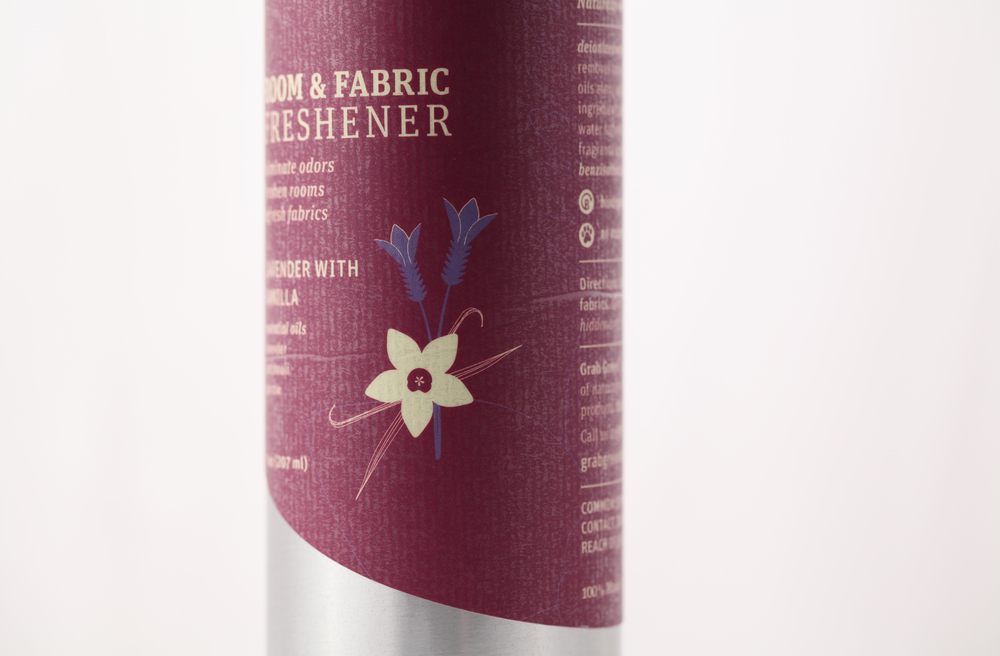 Design-Helm_Grab-Green_Beauty_Room-Fabric-Freshener_Lavender-Vanilla.jpg