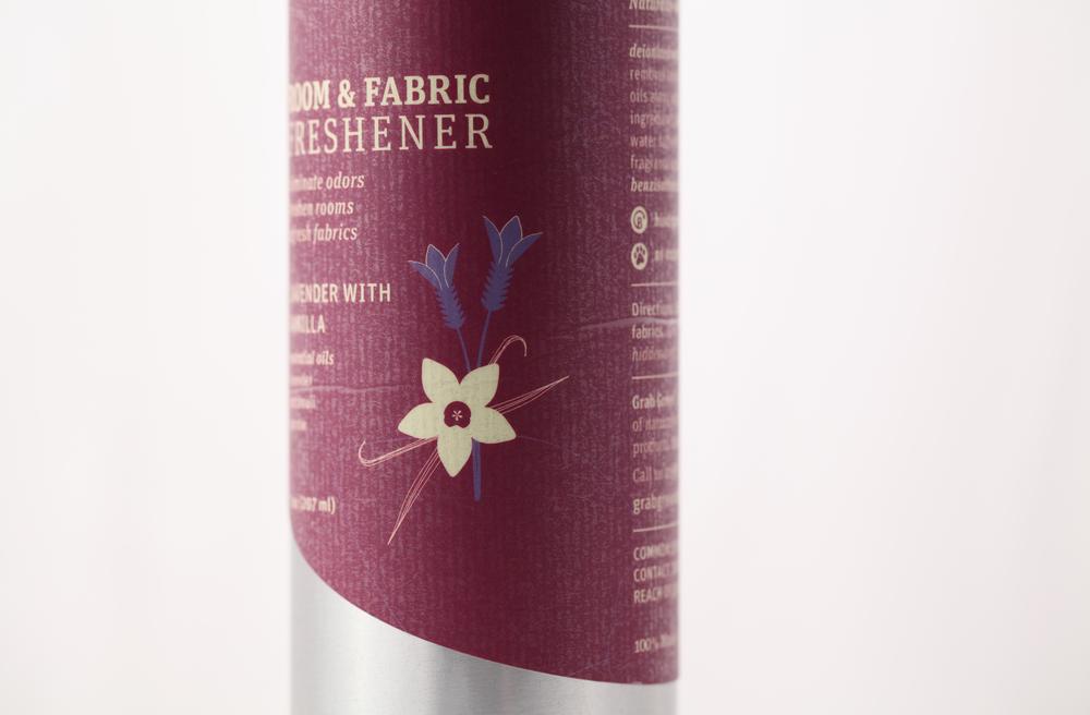 Design-Helm_Grab-Green_Beauty_Room-Fabric-Freshener_Lavender-Vanilla.jpg