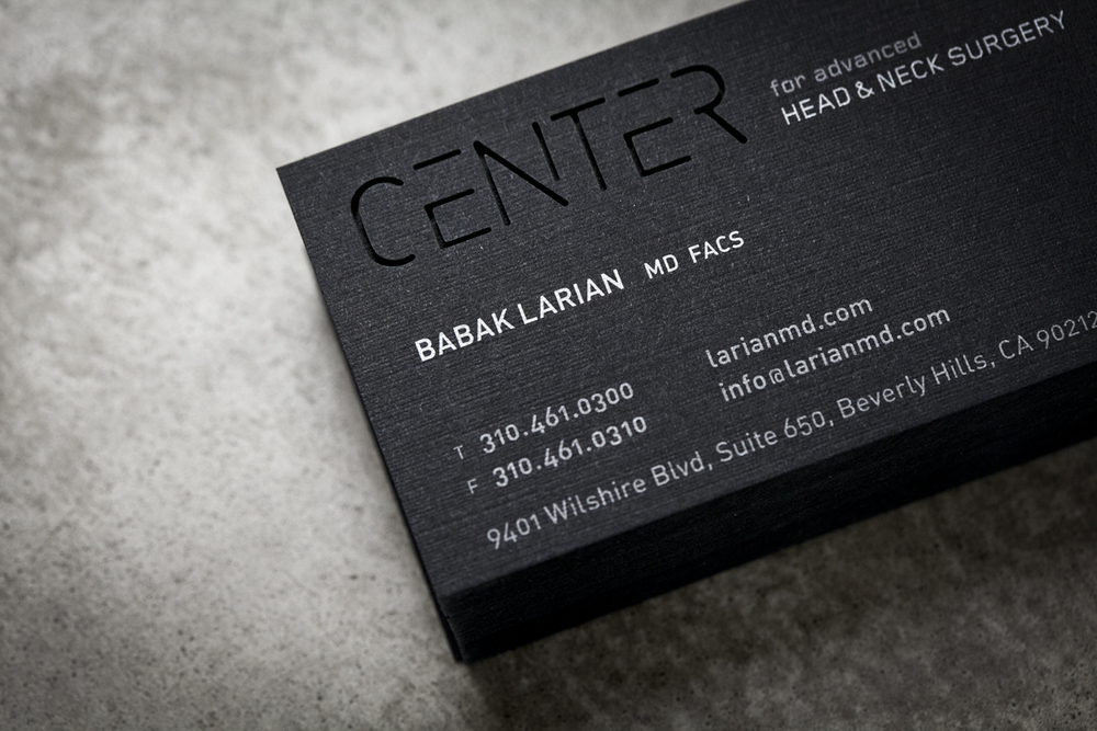 Design-Helm_CENTER_Graphics_Stationery_Business-Card-black.jpg