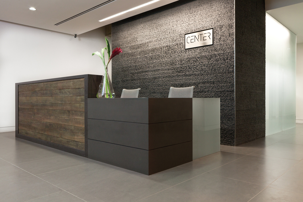 Design-Helm_CENTER_Interiors_Reception.jpg