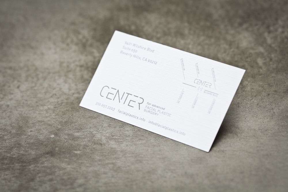 Design-Helm_CENTER_Graphics_Stationery_Business-Card-white.jpg
