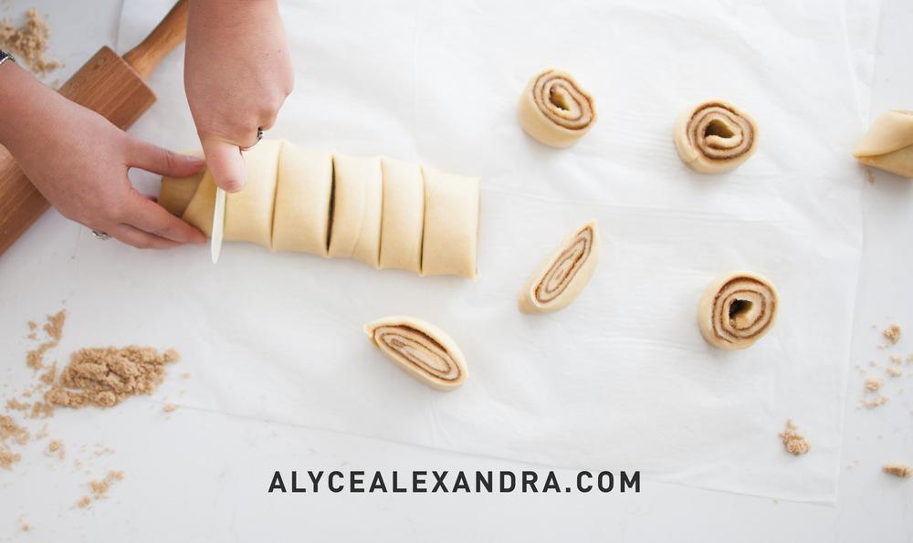 Cinnamon scrolls_-3.jpg