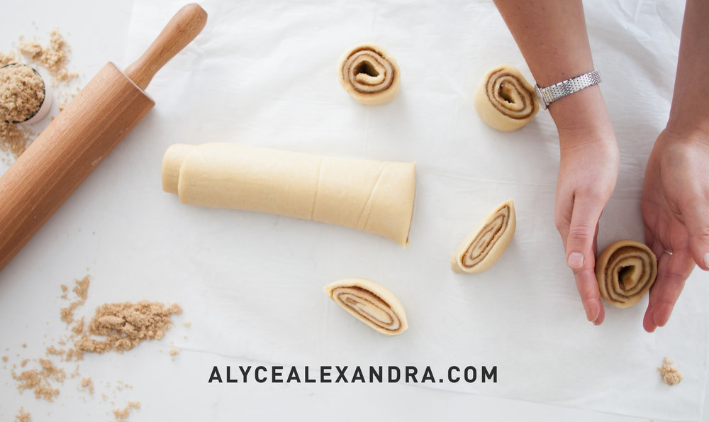 Cinnamon scrolls_-2.jpg