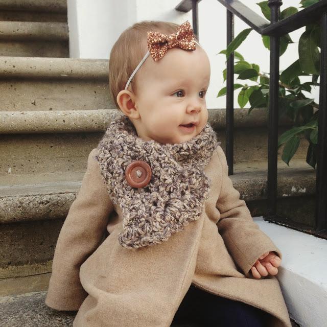 knit_baby_scarf_aspiring_kennedy_viola_knight.JPG