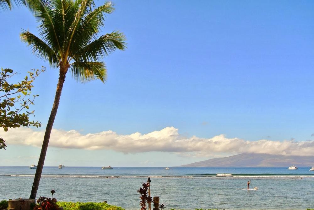 bettys_beach_house_lahaina_maui_hawaii_oceanside_dining_aspiring_kennedy_2.jpg