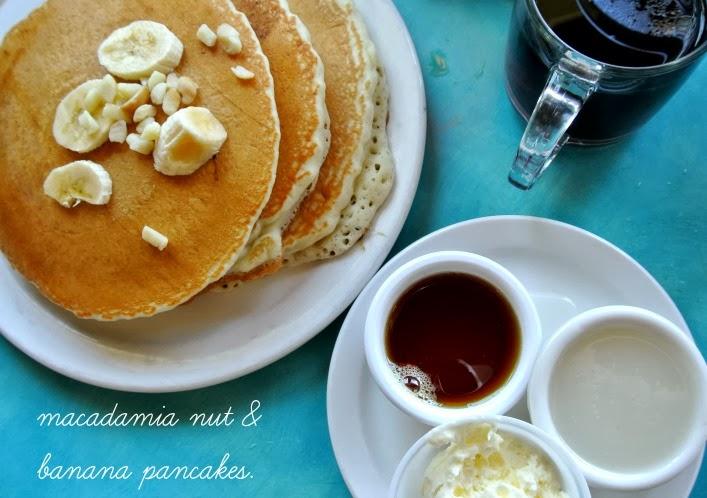 best_breakfast_in_lahaina_maui_bettys_beach_house_aspiring_kennedy.jpg