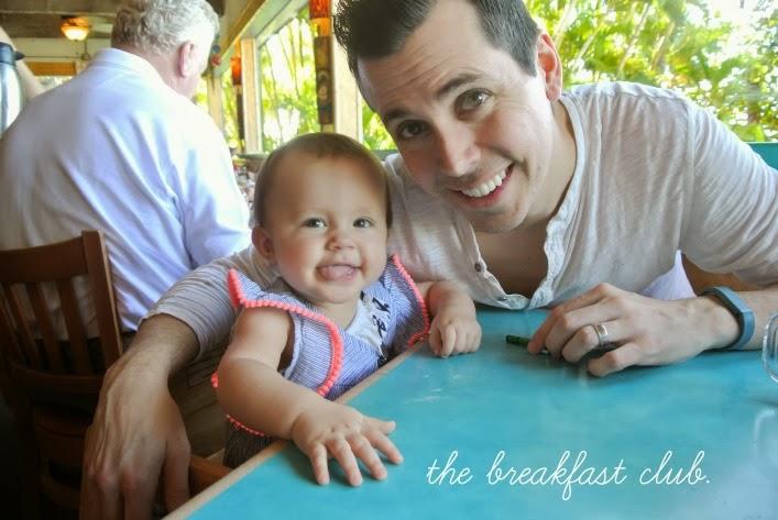 good_breakfast_spot_kanaapali_maui_bettys_beach_cafe_tyler_knight_viola_knight_aspiring_kennedy.jpg
