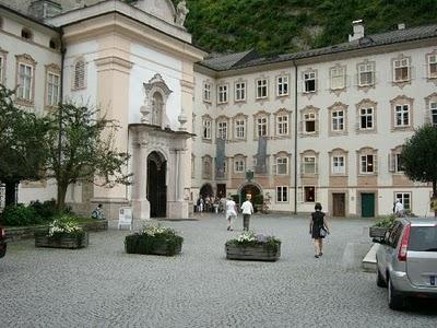 restaurant-entrance-above.jpg