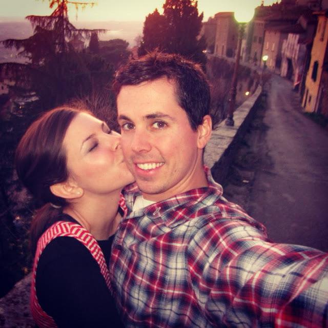 aspiring_kennedy_kissing_pictures_cortona_italy.JPG