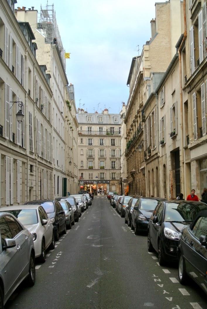 streets_n_the_marais_paris_aspring_kennedy.jpg