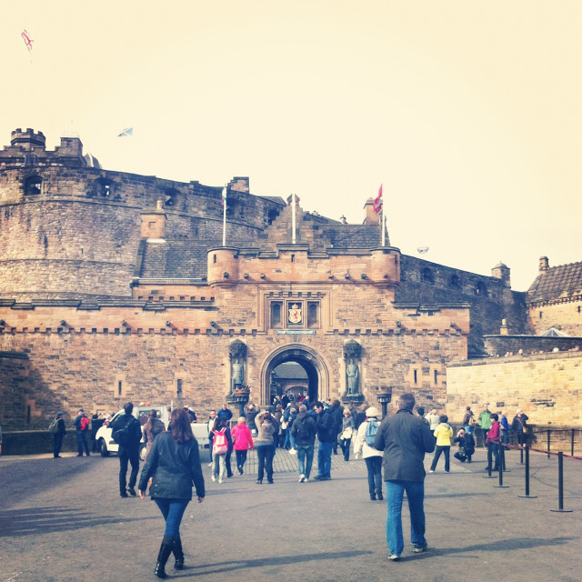 the_edinburgh_castle_aspiring_kennedy.JPG