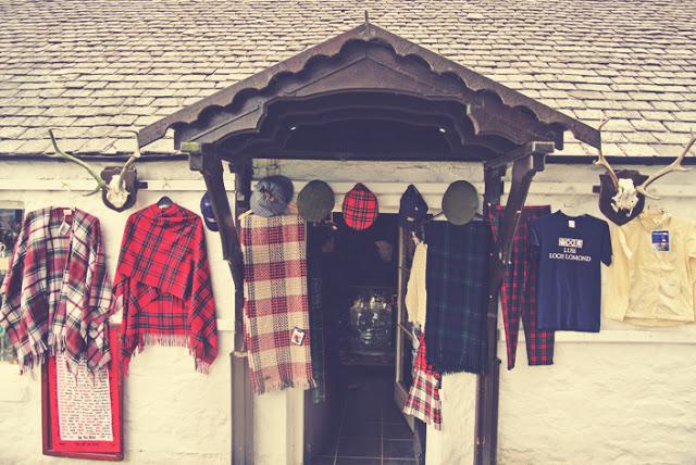 luss_scotland_souvenir_shops_aspiringkennedy.jpg