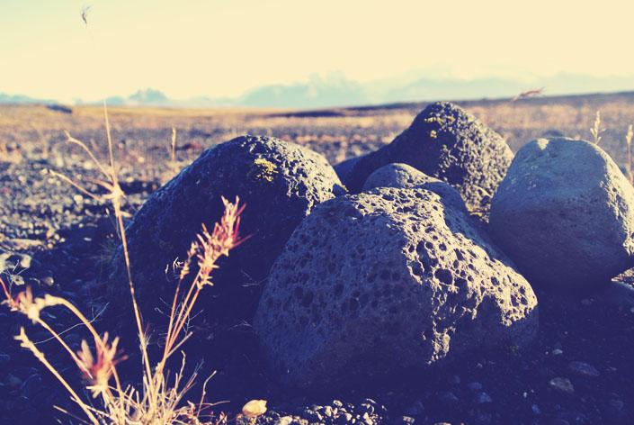 lava_rocks_in_iceland_aspiringkennedy.jpg
