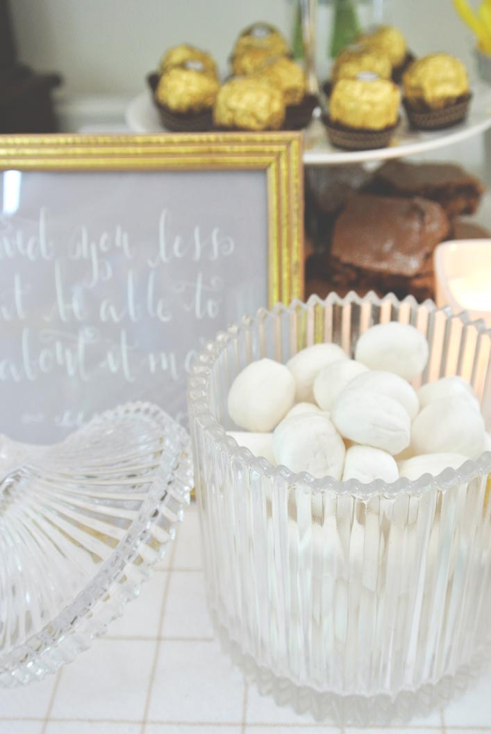 laura_ashley_glass_jar_aspiring_kennedy_baby_shower.jpg